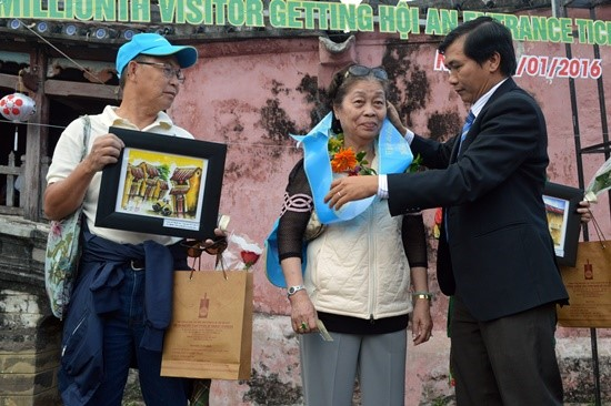 The 8-millionth visitor to Hoi An ancient town