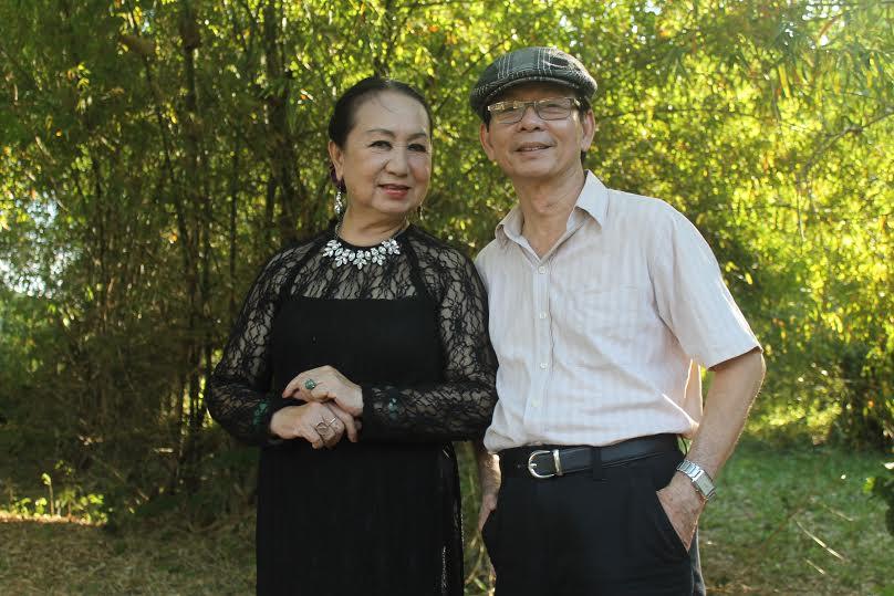 NSƯT Hồng Vân và nhà thơ Nguyễn Ngọc Hạnh.