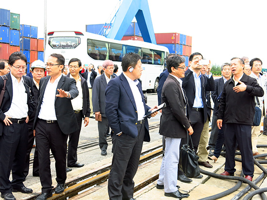Các nhà đầu tư Nhật Bản tham quan thực tế tại Khu phức hợp Chu Lai – Trường Hải.