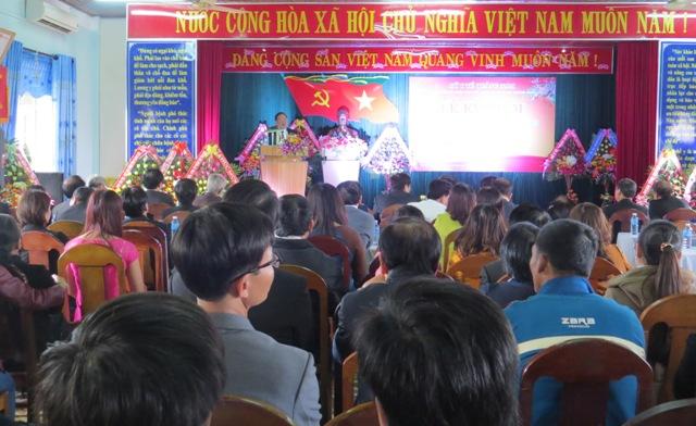 Quang cảnh buổi gặp mặt đội ngũ y bác sĩ trên địa bàn huyện. Triêu Nhan