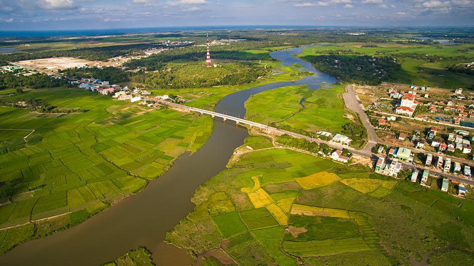 Vùng hạ lưu Tam Kỳ, Bàn Thạch bao bọc cho thành phố xanh tương lai.Ảnh: Mai Thành Chương