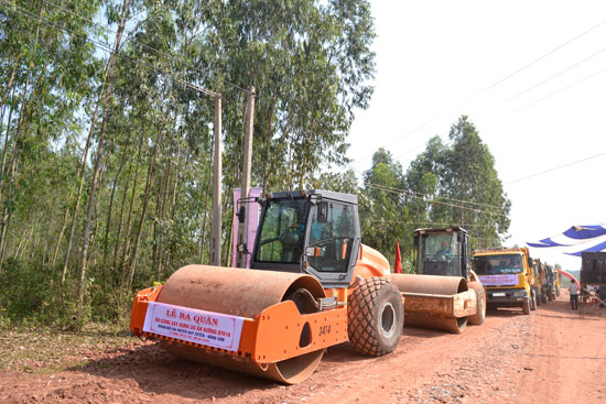 Ra quân thi công ĐT610, đoạn nối Nông Sơn  - Duy Xuyên.