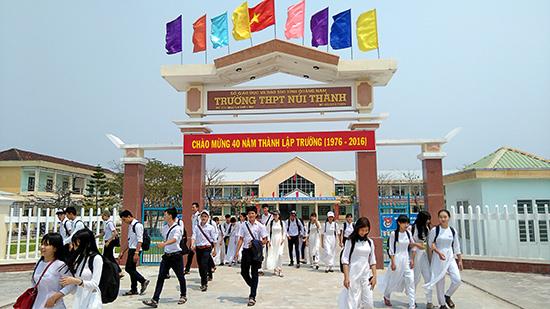 Trường THPT Núi Thành hướng đến mục tiêu xây dựng đạt chuẩn quốc gia giai đoạn 2016 - 2020. Ảnh: N.T