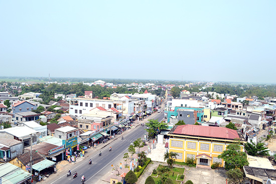 Trung tâm phường Vĩnh Điện (thị xã Điện Bàn).ảnh: C.TÚ