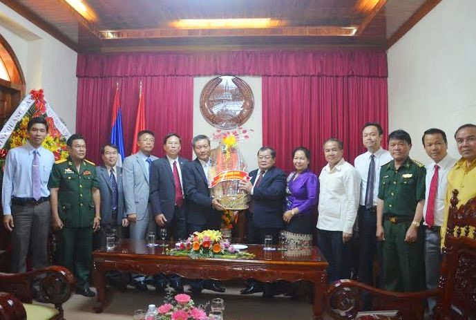 Quang Nam's delegation in Consulate General of the LPDR in Da Nang city
