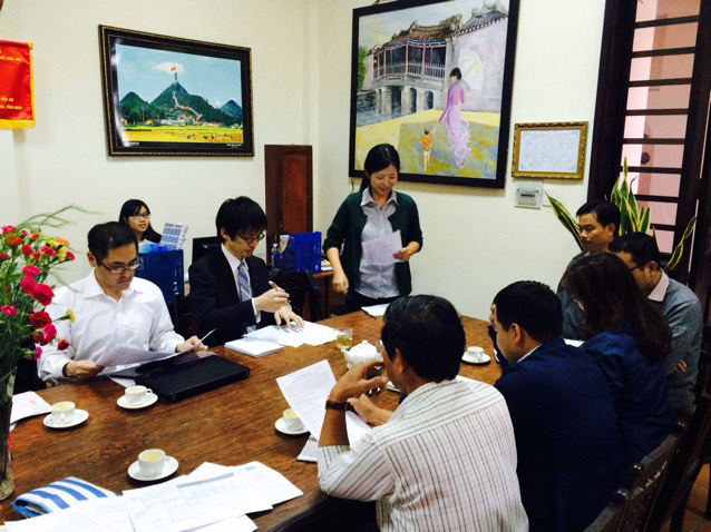Hoi An city's leaders and representative of JICA working about receiving Japanese volunteers