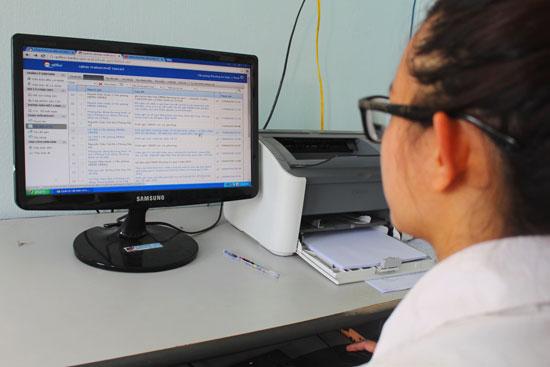 Ứng dụng phần mềm Q-Office tại phường An Xuân (TP.Tam Kỳ). Ảnh: V.H