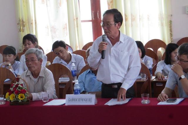 Thân nhân đồng chí Huỳnh Ngọc Huệ. Ảnh: Bích Liên