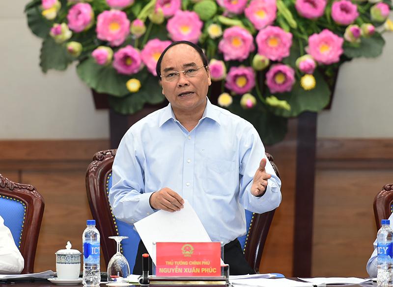 Thủ tướng Chính phủ Nguyễn Xuân Phúc: Nếu để xảy ra vi phạm an toàn vệ sinh thực phẩm trên địa bàn thì người đứng đầu phải chịu trách nhiệm. Ảnh: VGP/Quang Hiếu