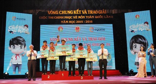 Em Trần Xuân Phong, lớp 9 trường THCS Nguyễn Hiền (Thăng Bình) đạt giải Nhất cuộc thi Chinh phục vũ môn toàn quốc