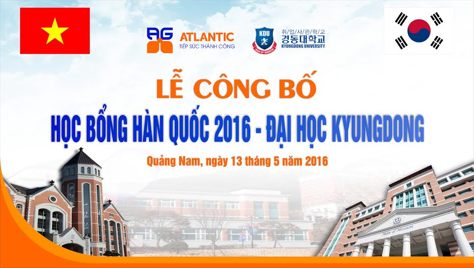 The ceremony of giving scholarships to Quang Nam Students.