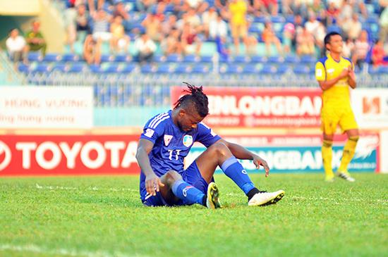 QNK Quảng Nam gây thất vọng sau trận thua Hà Nội T&T cùng với nỗi thất vọng mang tên Felix