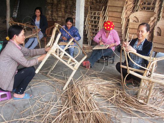 Phải tập trung nâng cao chất lượng đào tạo nghề và giải quyết việc làm cho lao động nông thôn. Ảnh: VĂN SỰ