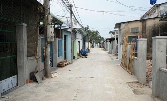 Tuyến đường ở khối phố 2, phường An Sơn đã hoàn thành, tạo sự thông thoáng trong khu dân cư.