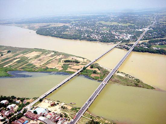 Sông Thu Bồn. Ảnh: DUY HIỂN