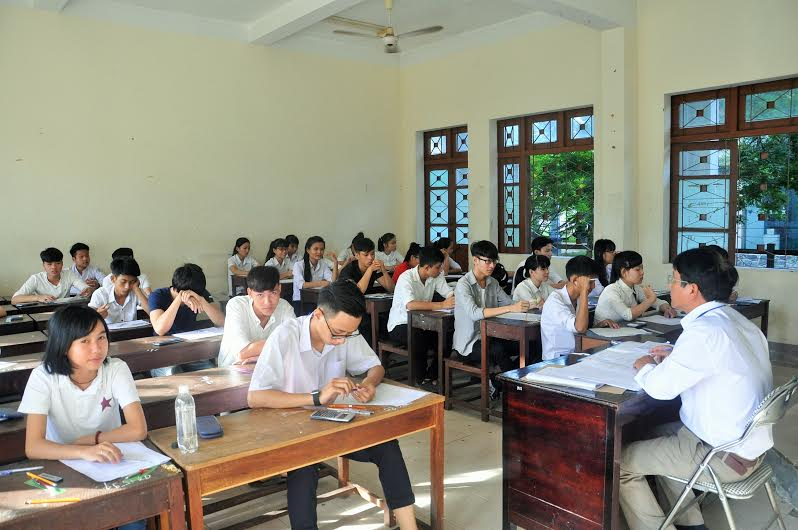 TS tại điểm thi Trường Đại học Quảng Nam. Ảnh: X.P