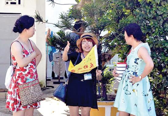 Số lượng hướng dẫn viên tiếng Trung hiện rất hiếm tại Quảng Nam.Ảnh: VĨNH LỘC