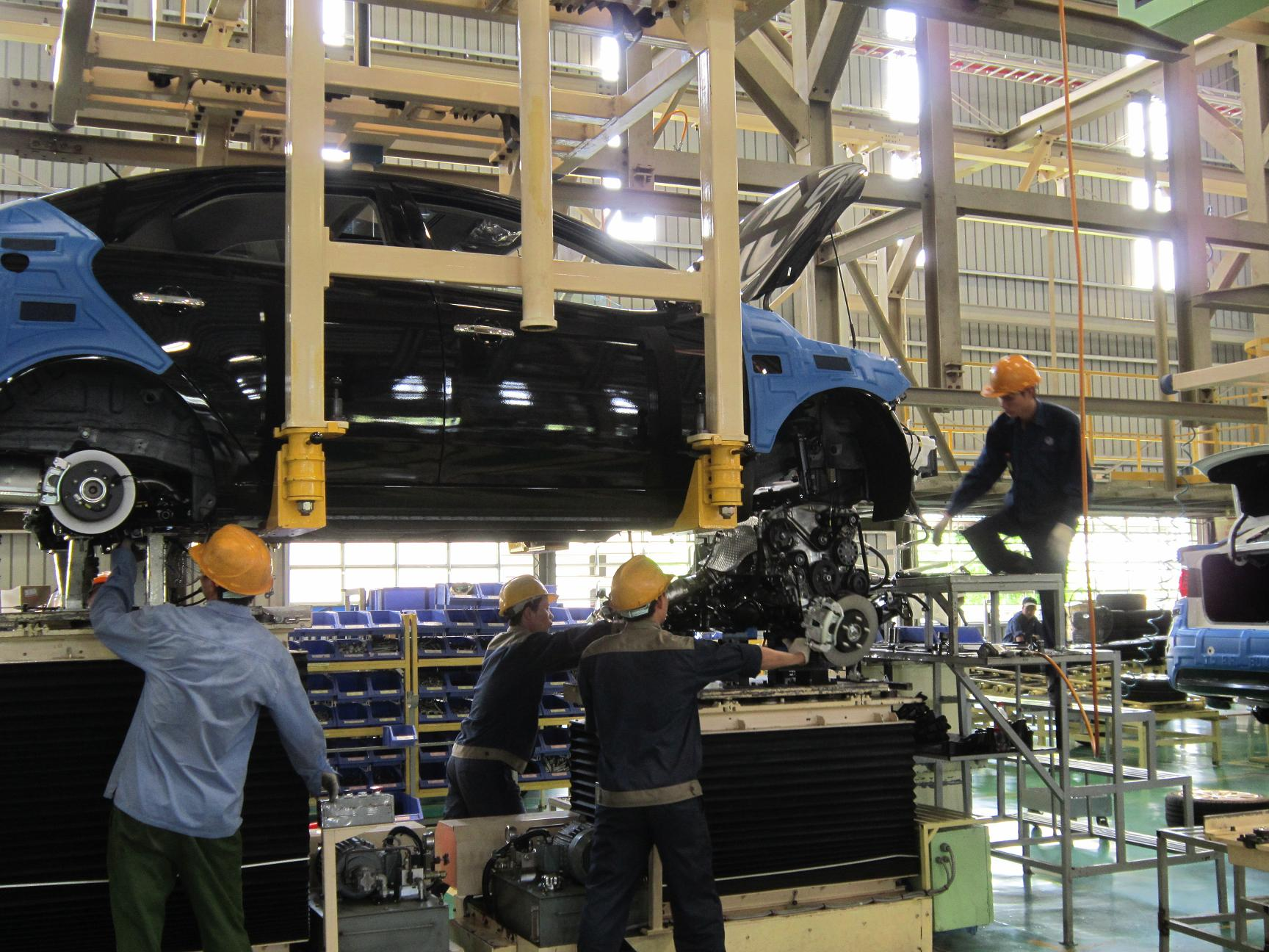 An assembly workshop of Chu Lai- Truong Hai Automobile Joint Stock Company  (Photo: P.C.A)