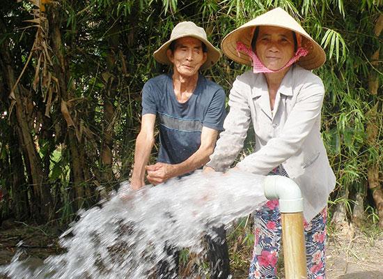 Tại xã Bình Đào, hàng loạt cụm giếng khoan phục vụ sản xuất nông nghiệp đã được thi công.