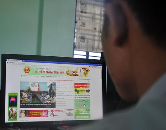 Ứng dụng công nghệ thông tin trong công tác quản lý cơ quan nhà nước trên địa bàn Nam Trà My đã và đang đem lại nhiều hiệu quả. Ảnh: Nam Tú