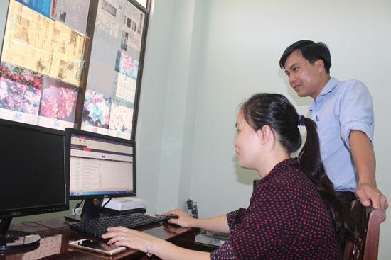 Phần mềm giám định BHYT điện tử đã được lắp đặt nhưng tại nhiều cơ sở khám chữa bệnh vẫn chưa thể triển khai.Ảnh: D.LỆ