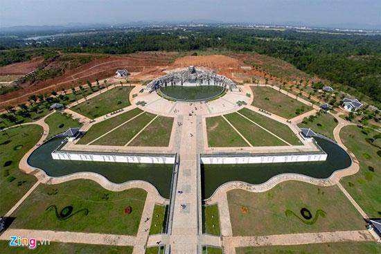 Toàn cảnh Khu tượng đài Mẹ Việt Nam anh hùng tại Quảng Nam. Ảnh: Internet