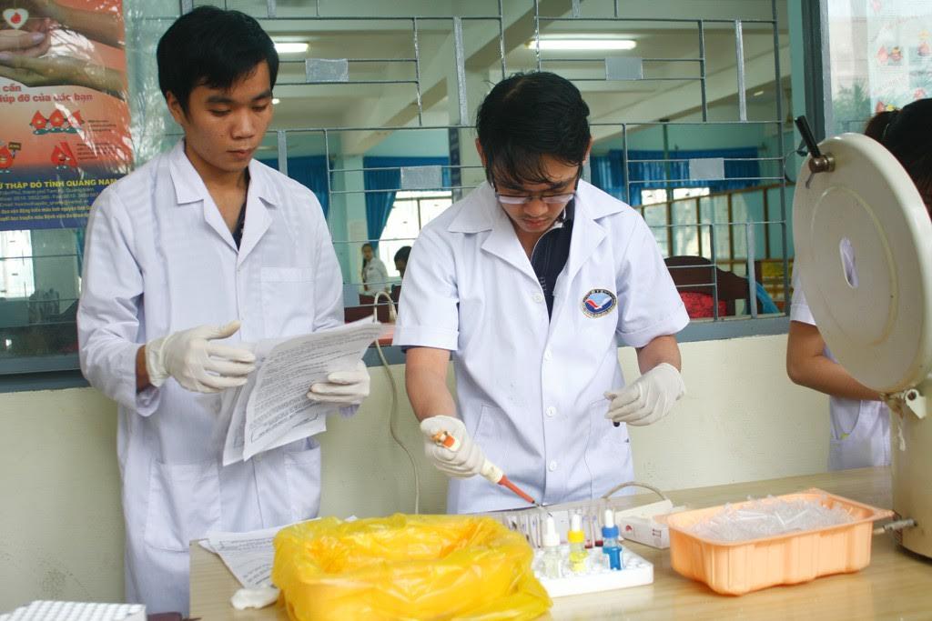Với sự nỗ lực của Trung tâm Phòng chống sốt rét - bứu cổ Quảng Nam, dịch sốt rét trên toàn tỉnh cơ bản đã được khống chế.