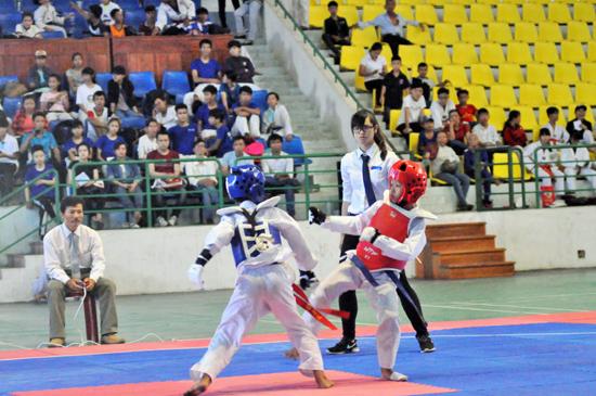 Lần đầu tiên được tranh tài nên những vận động viên trẻ thi đấu khá tích cực tạo nên nhiều trận đấu hấp dẫn