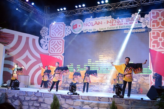 Nhiều chương trình văn hóa nghệ thuật đặc sắc của 2 nước được trình diễn trong đêm khai mạc