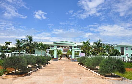 Trường THPT Hùng Vương (Thăng Bình). Ảnh: VINH ANH
