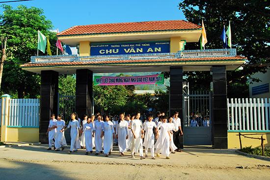 Cảnh quan sư phạm của Trường THPT Chu Văn An ngày càng khang trang. Ảnh: XUÂN PHÚ