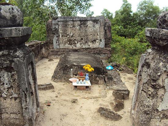 Phần mộ cụ Phạm Duy Trinh tại Gò Quéo, phường Bình Trung Tây, quận 2, TP.Hồ Chí Minh.