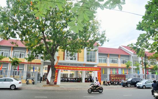 Trường Tiểu học Võ Thị Sáu vừa khánh thành đầu năm học 2016-2017 và đề ra mục tiêu đạt chuẩn mức độ 2 trong năm nay
