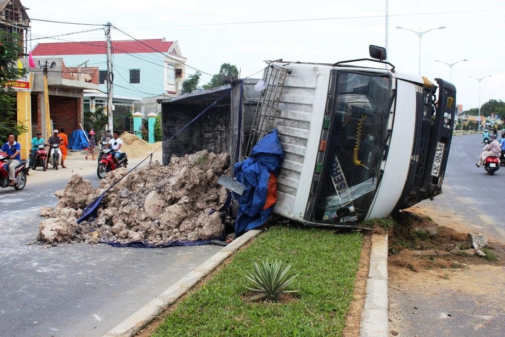 Hiện trường vụ tai nạn. Ảnh : CTV