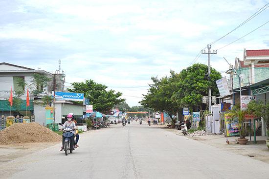 Một đoạn tuyến của dự án mở rộng ĐH3.ĐL qua xã Đại Cường đã hoàn thành. Ảnh: C.TÚ