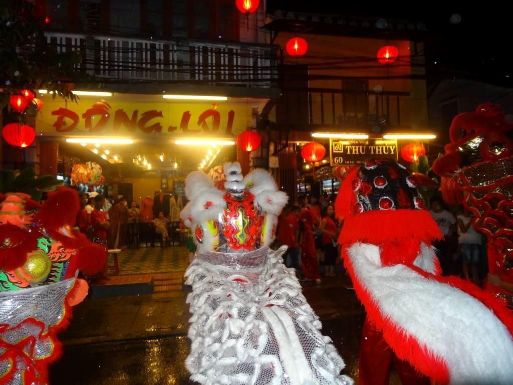 Lion dance in Hoi An city. Picture: hoian-tourism