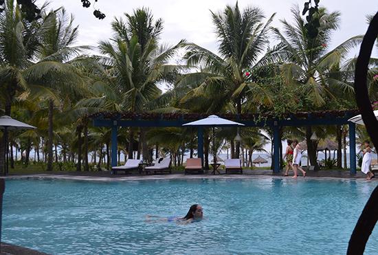 Bãi biển Điện Bàn là nơi có nhiều khách sạn cao cấp và tiện nghi phục vụ nhu cầu đa dạng của khách. Ảnh: K.LINH