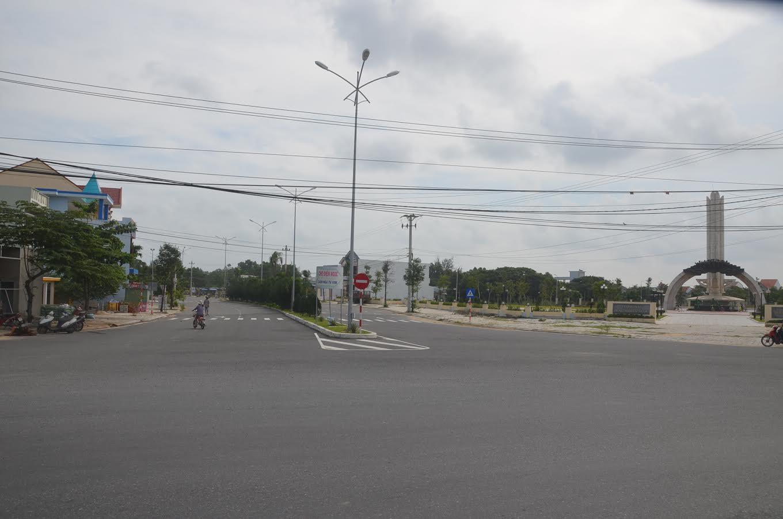 Đường trục chính Khu đô thị mới do Tập đoàn Đất Quảng đầu tư xây dựng