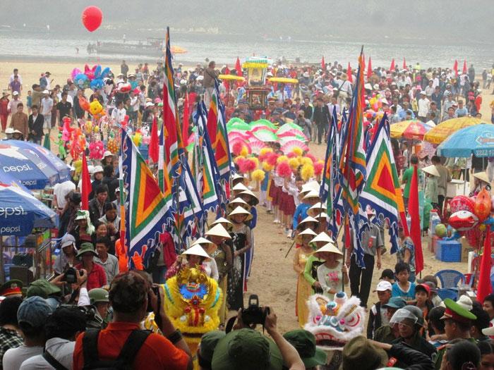 lễ hội Bà Thu Bồn (Duy Tân, Duy Xuyên)