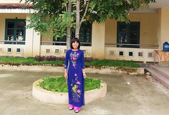 Nhờ tình thương của học trò, cô Mận đã chiến thắng bệnh tật và trở lại trường để dạy học. Ảnh: Nhân vật cung cấp