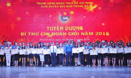 Có 10 bí thư chi đoàn ở tỉnh Quảng Nam được tuyên dương bí thư chi đoàn giỏi cụm Nam Trung Bộ. Ảnh: CTV