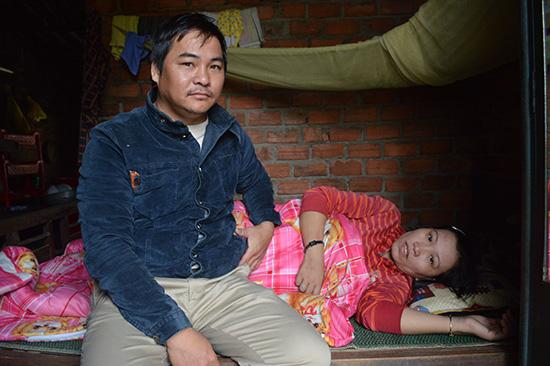 Bệnh nhân Võ Thị Thu đã qua cơn nguy kịch, được cho về nhà và đang dần hồi phục. Ảnh: V.LỘC