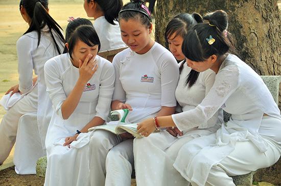 Học sinh Trường THPT Đỗ Đăng Tuyển (Đại Lộc). Ảnh: X.P