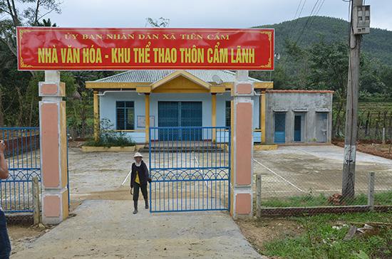 Trụ sở nhà văn hóa thôn Cẩm Lãnh - xã Tiên Cẩm, Tiên Phước đã hoàn thành nhưng chưa quyết toán do có sai phạm.Ảnh: TRẦN HỮU