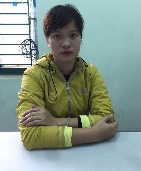 Chú thích: Đối tượng Võ Thị Kim Loan tại cơ quan công an.