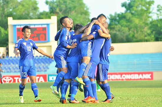 Niềm vui khi lần đầu tiên lọt vào tốp 5 của đội QNK Quảng Nam.