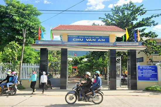 Trường THPT Chu Văn An (Đại Lộc) - ngôi trường gần đây nhất được công nhận đạt chuẩn quốc gia. Ảnh: X.PHÚ