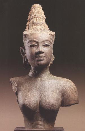 Tượng nữ thần Devi.
