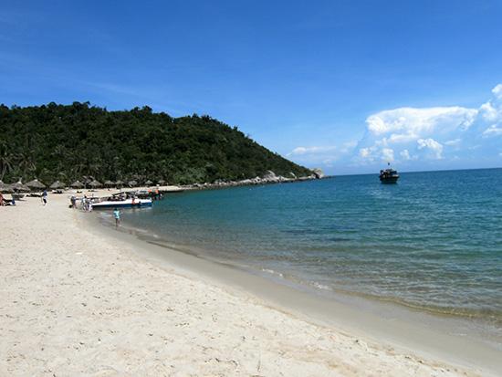 Vùng biển Cù Lao Chàm vẫn còn nhiều cổ vật chưa được khai quật.