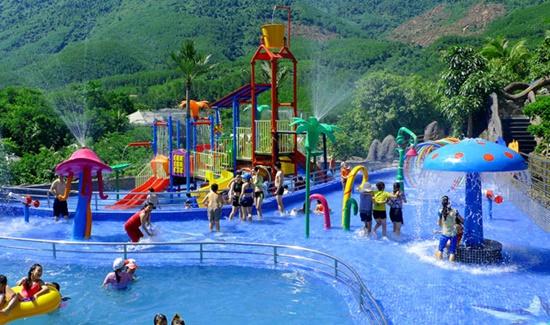 Nhiều hạng mục vui chơi giải trí tại khu công viên khoáng nóng Thần Tài